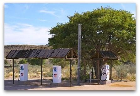 Tankstelle in der Nähe des Fish River Canyon