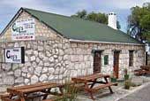 (c) http://showme.co.za/restaurant-guide/restaurants/ciros-seafood-and-grill-restaurant-gansbaai/