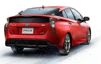 実燃費の平均はプリウス29km/Lアクア25.5km/L