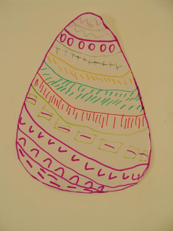 dessin au feutre d'oeuf de Pâques