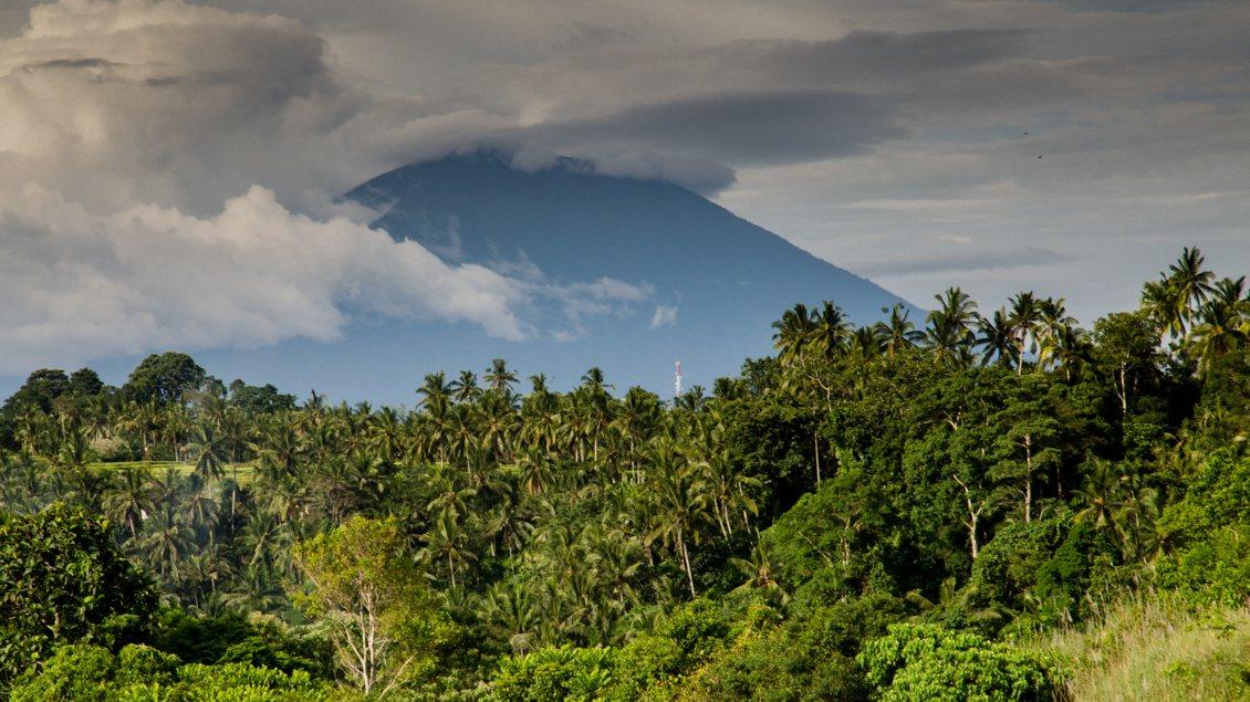 Berg auf Bali