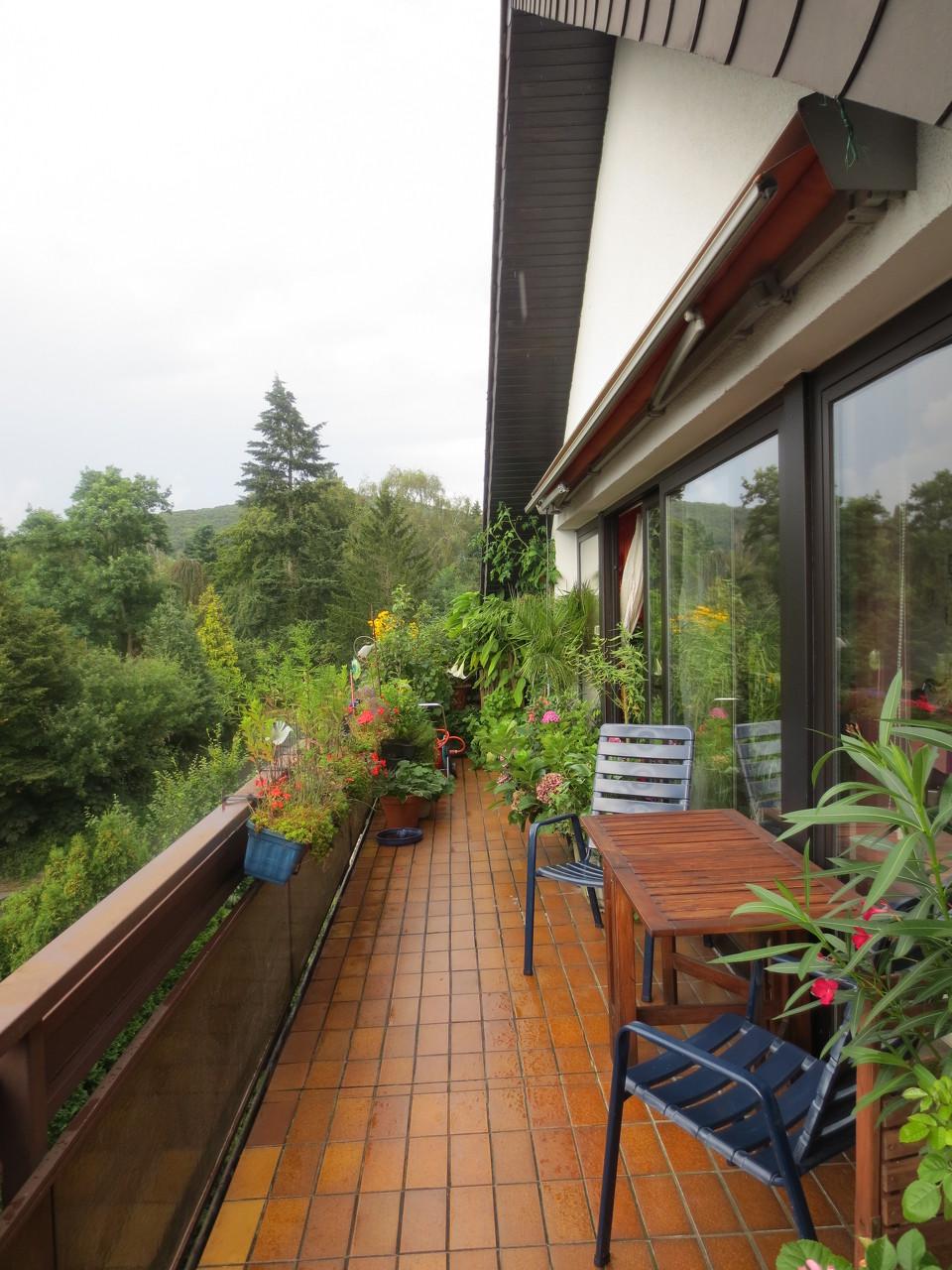 schön großer Balkon in Brakwede