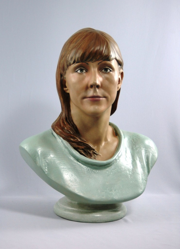 3D bust in gipsum hand-colored