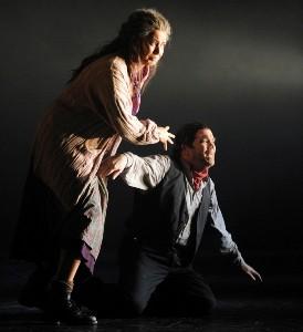 Milijana Nikolic as Azucena & Arnold Rawls as Manrico