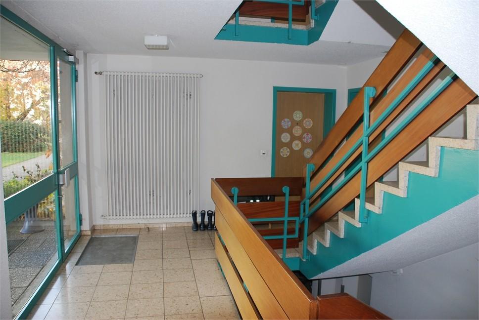 Treppenhaus, Zugang zu Wohnung