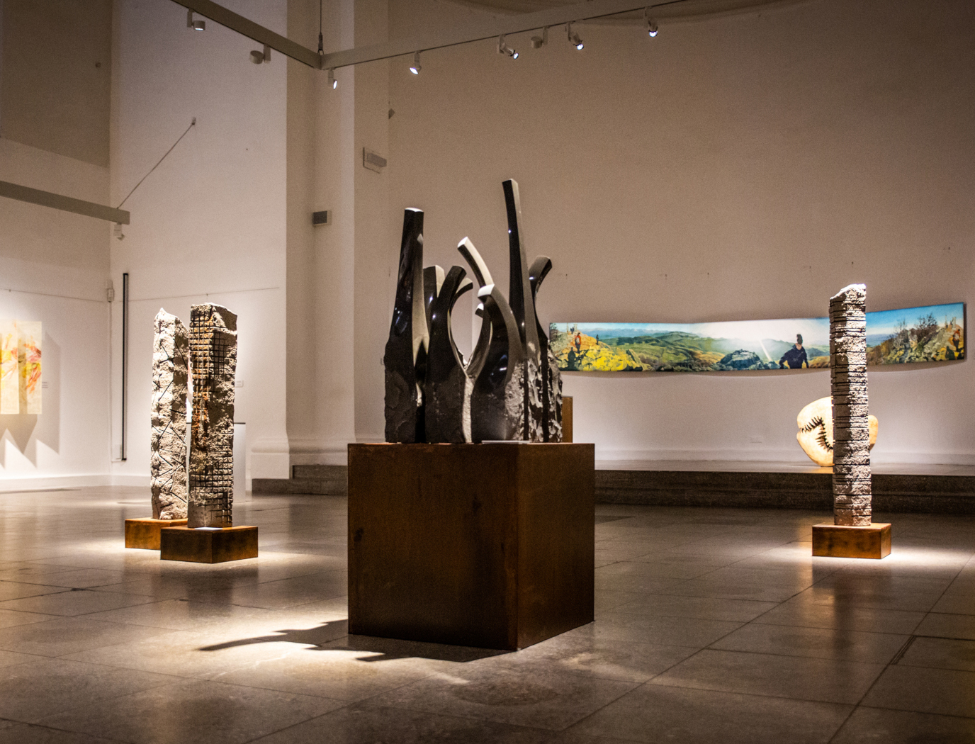 """Ausstellung """"Auch ich in Arkadien!"""" Gruppe Aschaffenburger Künstler in der Kunsthalle Jesuitenkirche 2020"""