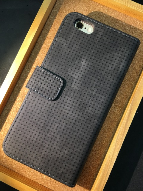 iPhone6/6S/7/7Plus 手帳ケース フリップタイプ 各色2380円