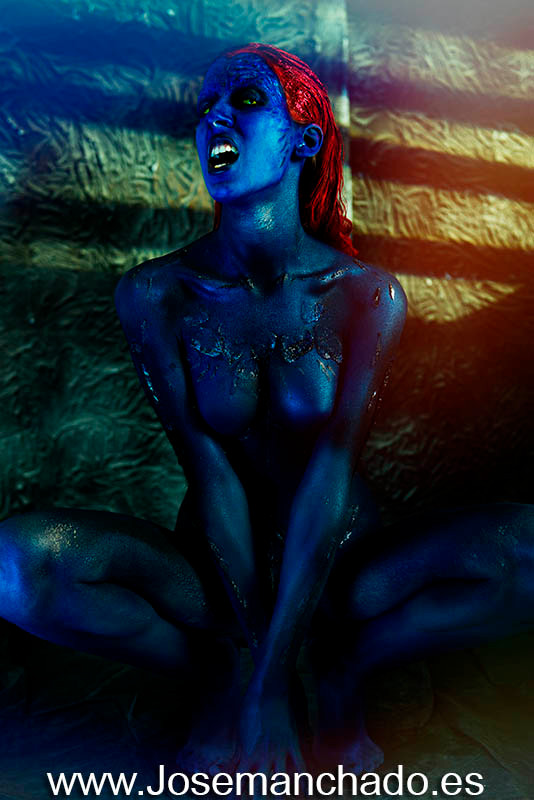 Jennifer Lawrence, body paint mystique, body paint mistica, body paint x-men, mystique cosplay