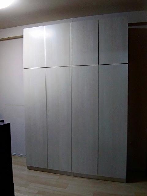 洋室壁面収納