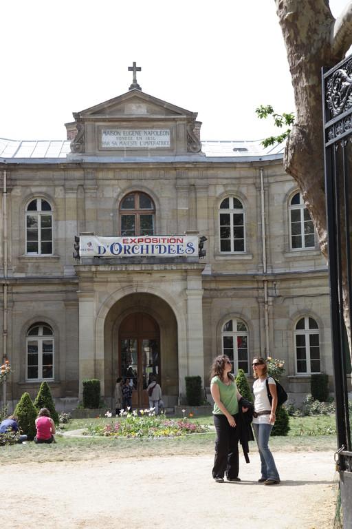 Fondation Eugène Napoléon - Entrée