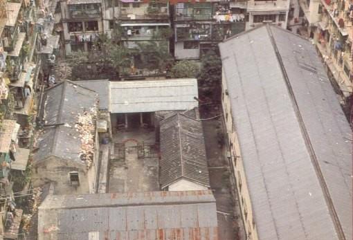 Único lugar de Kowloon abierto al cielo, el mercado.
