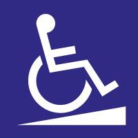 Panneau bleu avec pictogramme rampe avec chaise roulant