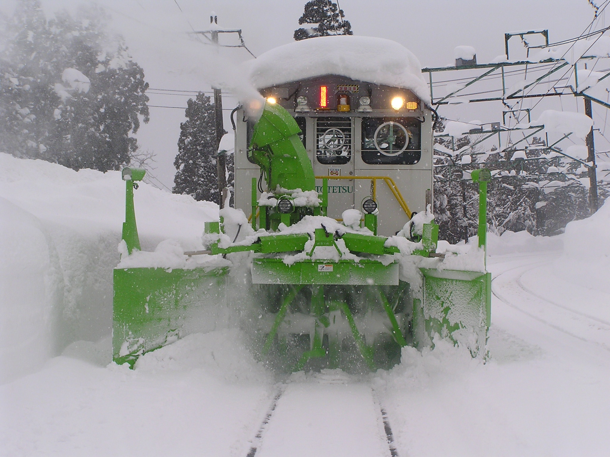 線路除雪(機械オペレータ)