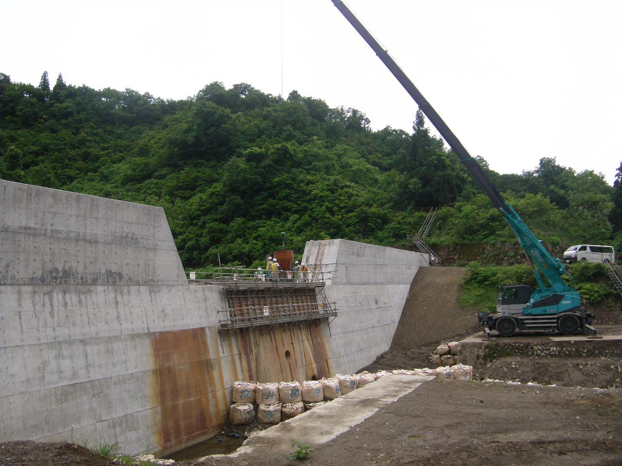 砂防堰堤改修