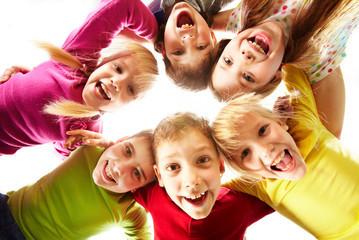 Symbolkind: Kinder im Kreis