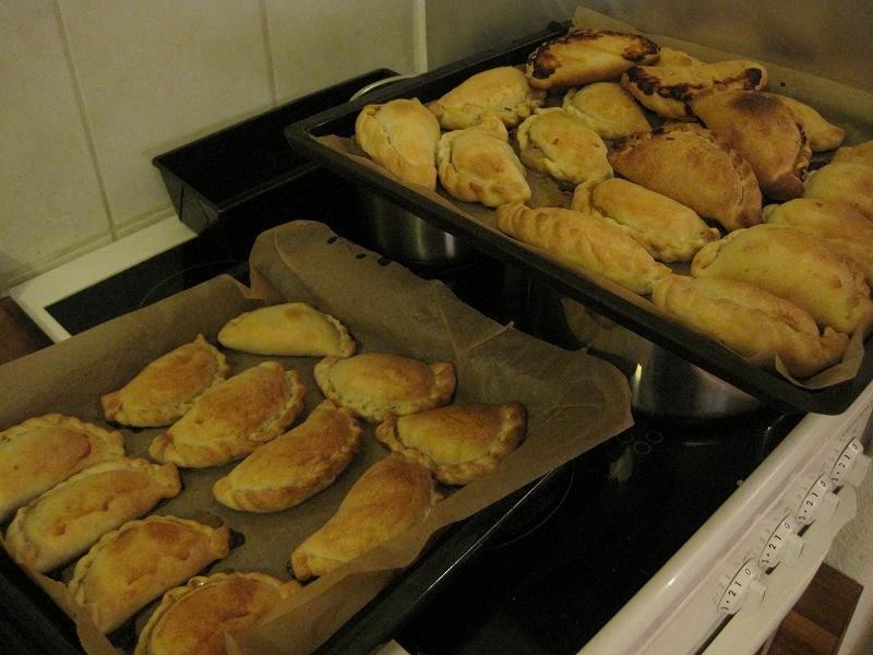 ディエゴ特製、生地から手作りのアルゼンチン料理。