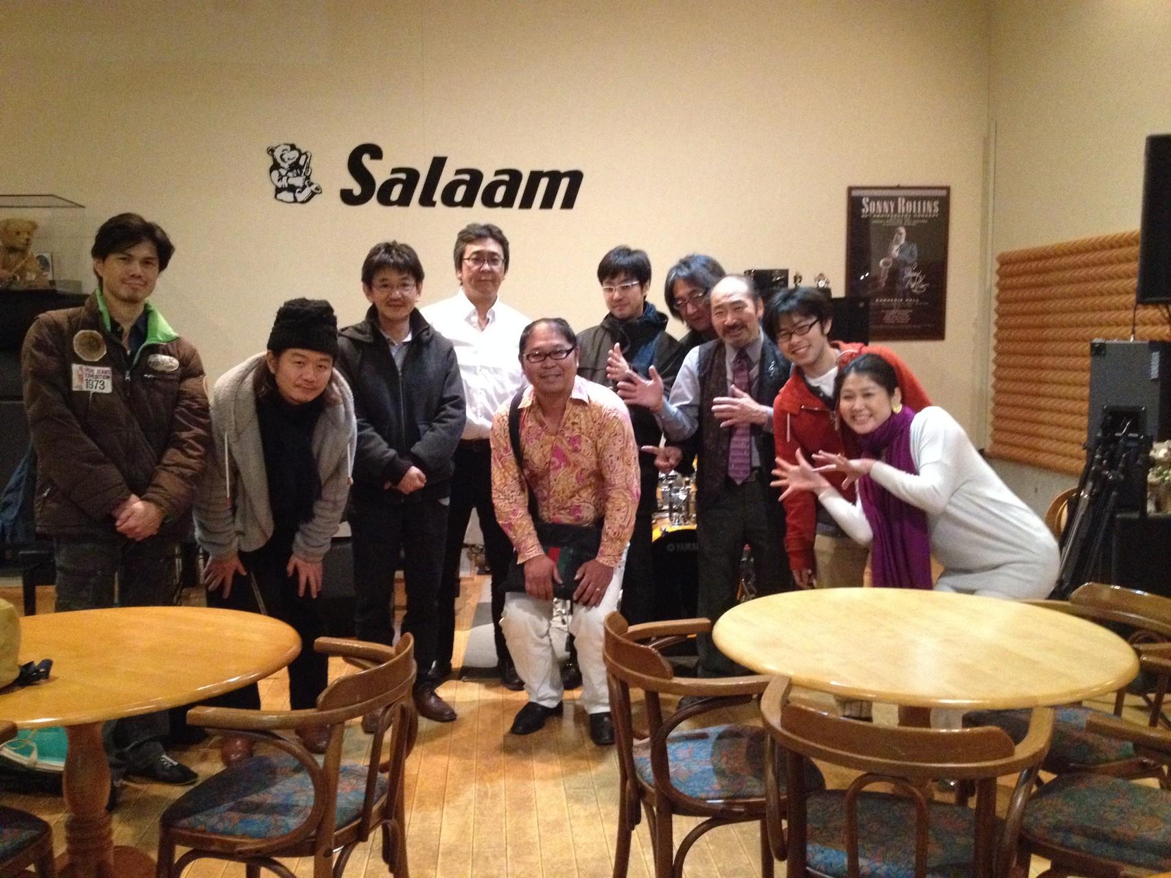 この日はベースの島田剛さんのお誕生日でした〜!