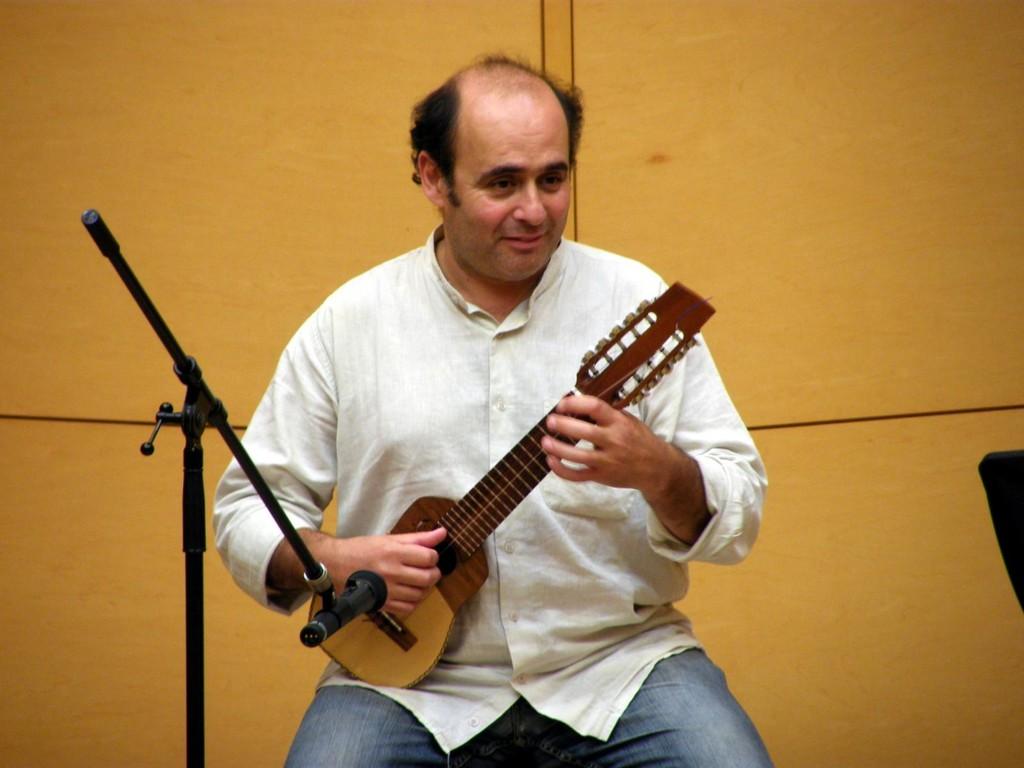 Diego Jascalevich (charango)