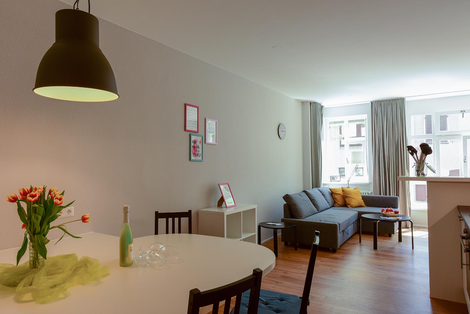 Ferienwohnung am Bodensee: City Appartement 2 - Essbereich