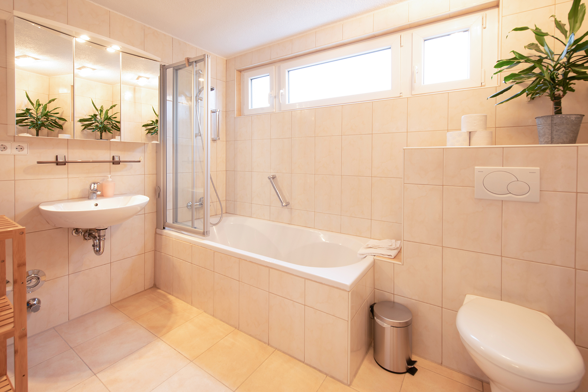 Holiday apartments on Lake Constance: Markdorf - Bathroom