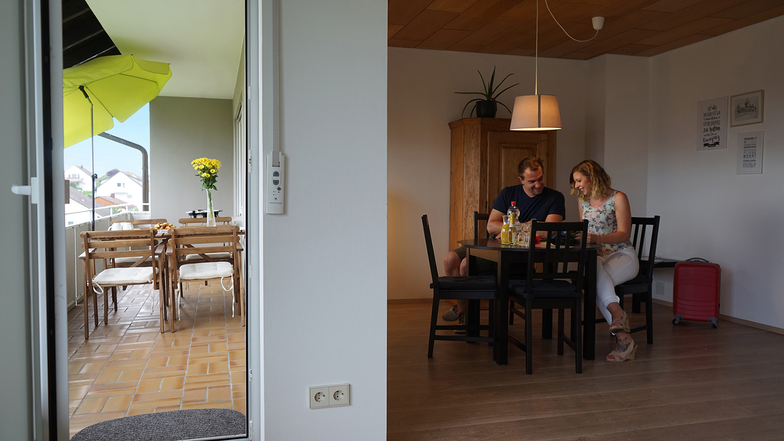 Holiday apartments on Lake Constance: Weitblick - Dining Area & Balcony