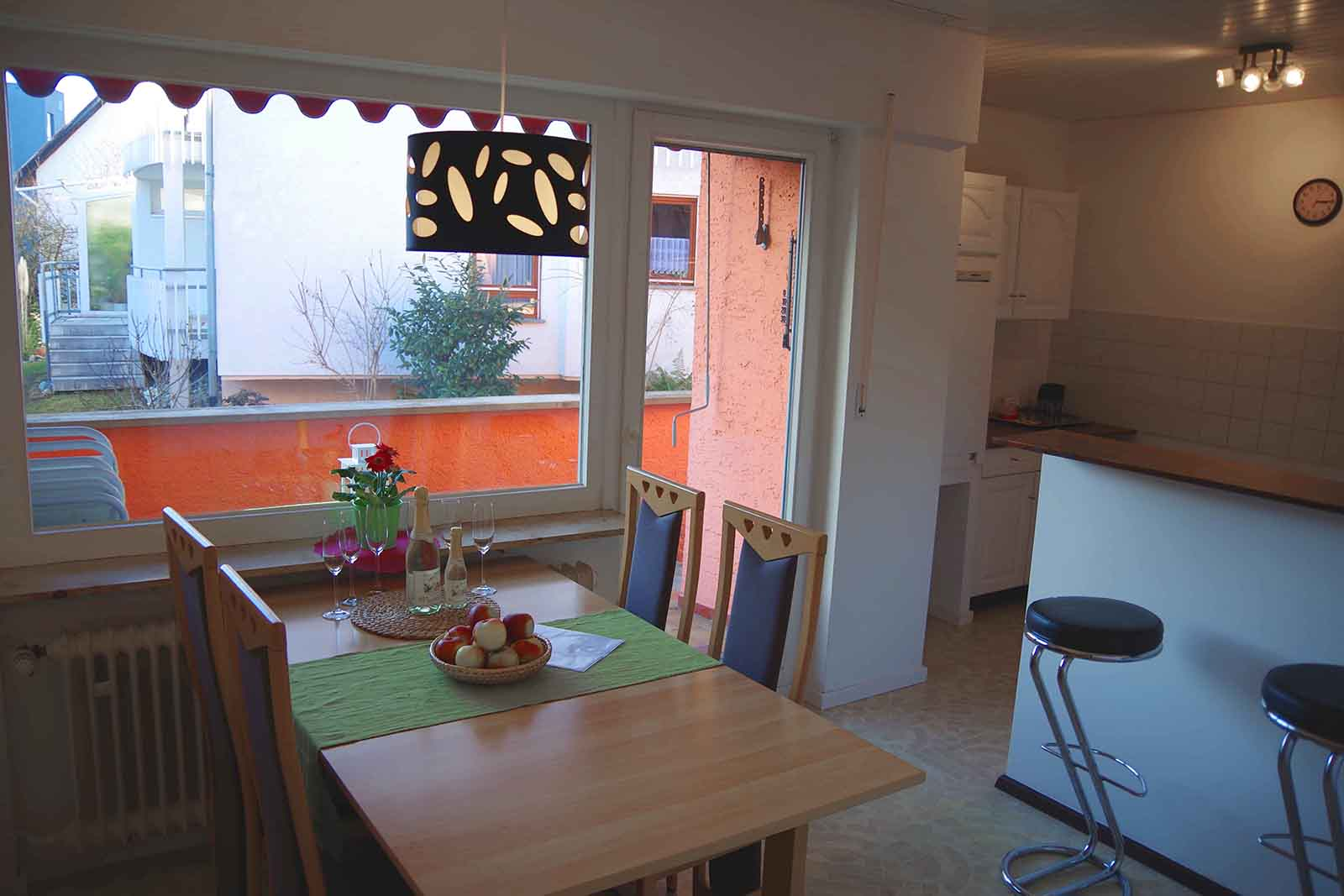 Holiday apartments on Lake Constance: Familienhafen - Dining Room