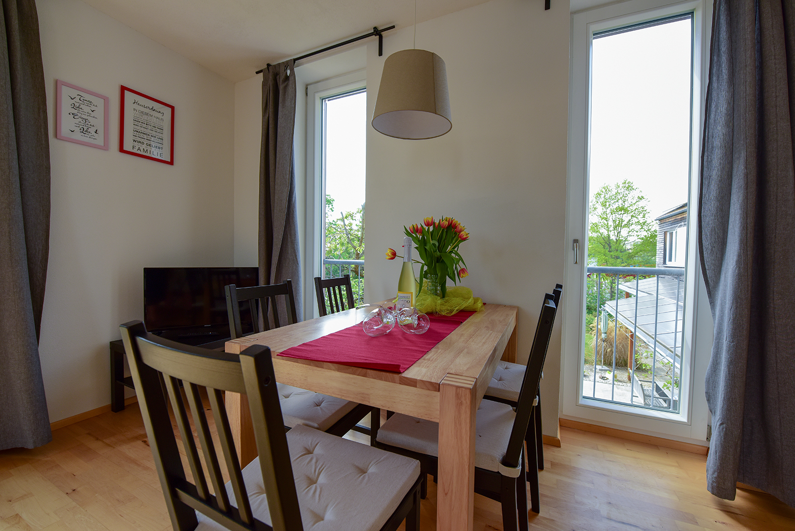 Holiday apartments on Lake Constance: Seeblüte - Dining Area