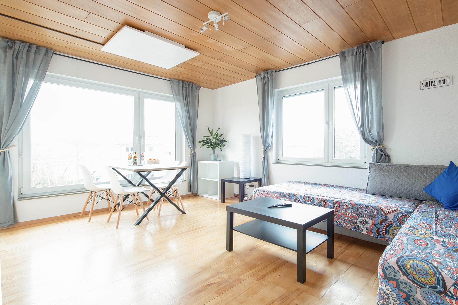 Ferienwohnung am Bodensee: Friedrichshafen - Wohnzimmer