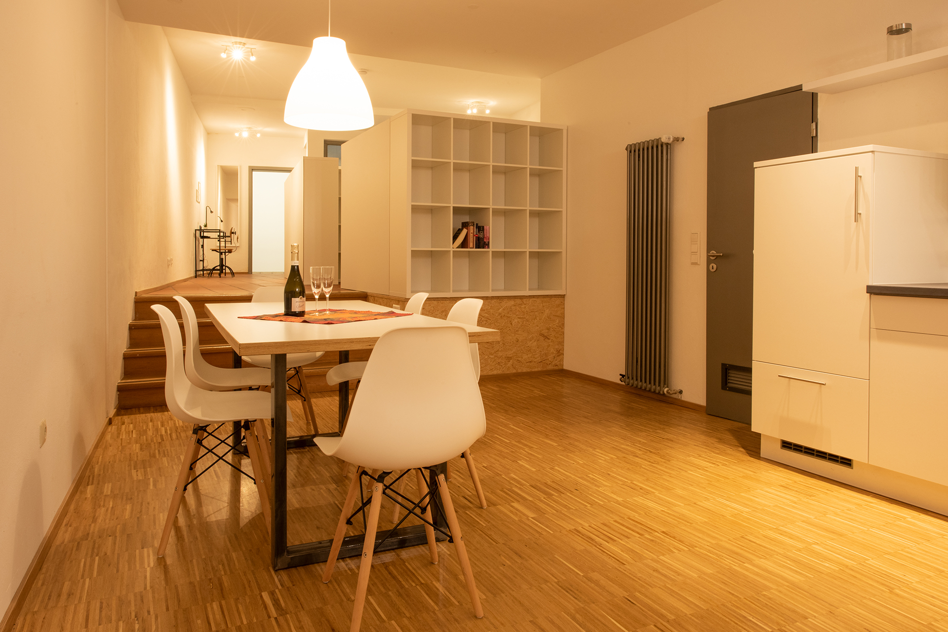 Business Apartment am Bodensee - Essbereich