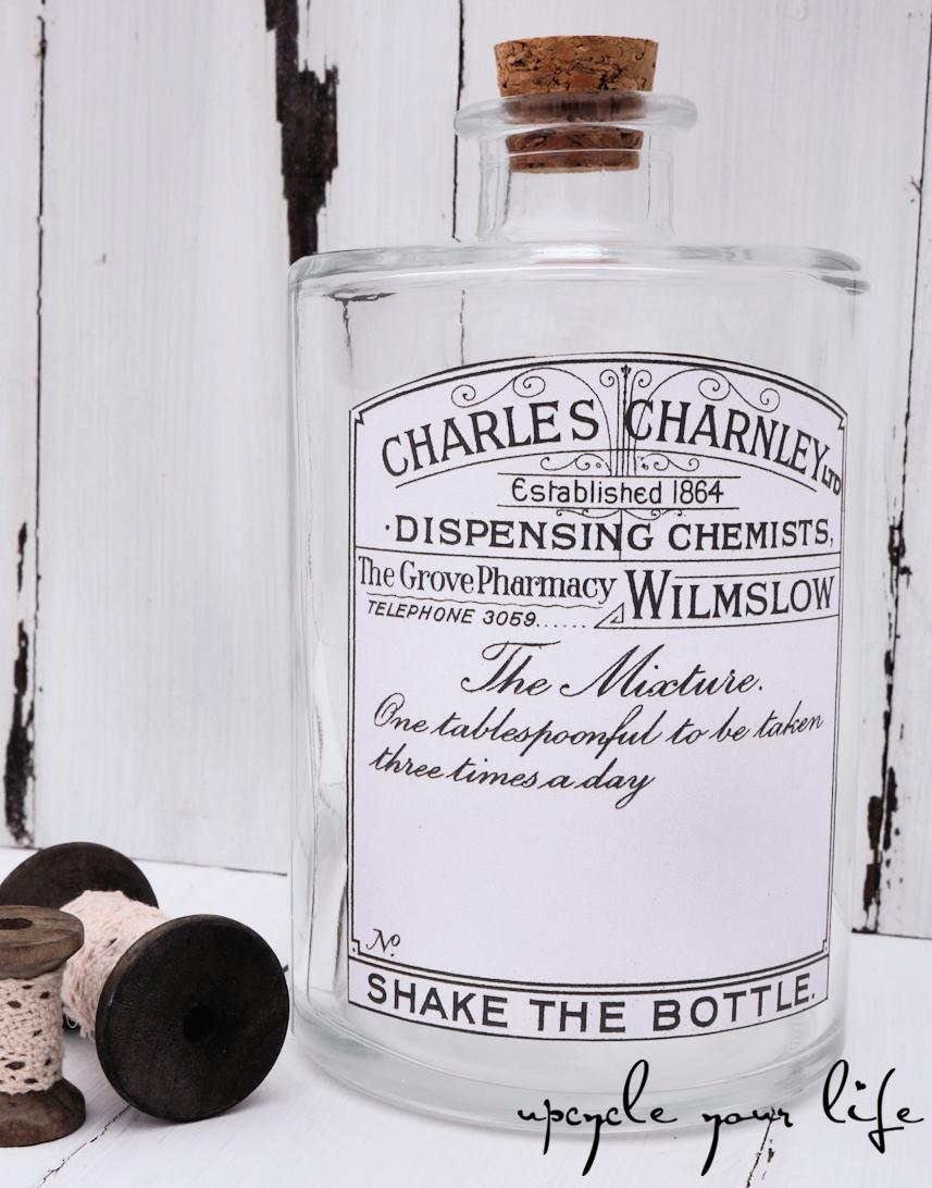 aufgehübschte flasche mit etikett & korken...