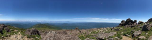 岩手山、姫神山、秋田駒ヶ岳などなど絶景なり(鳥海山もうっすら見えました)