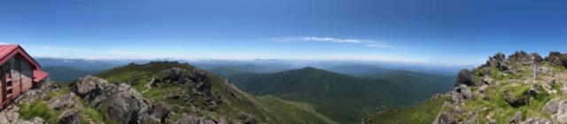 山頂南側の景色も絶景!いつか薬師岳にも登ってみたい