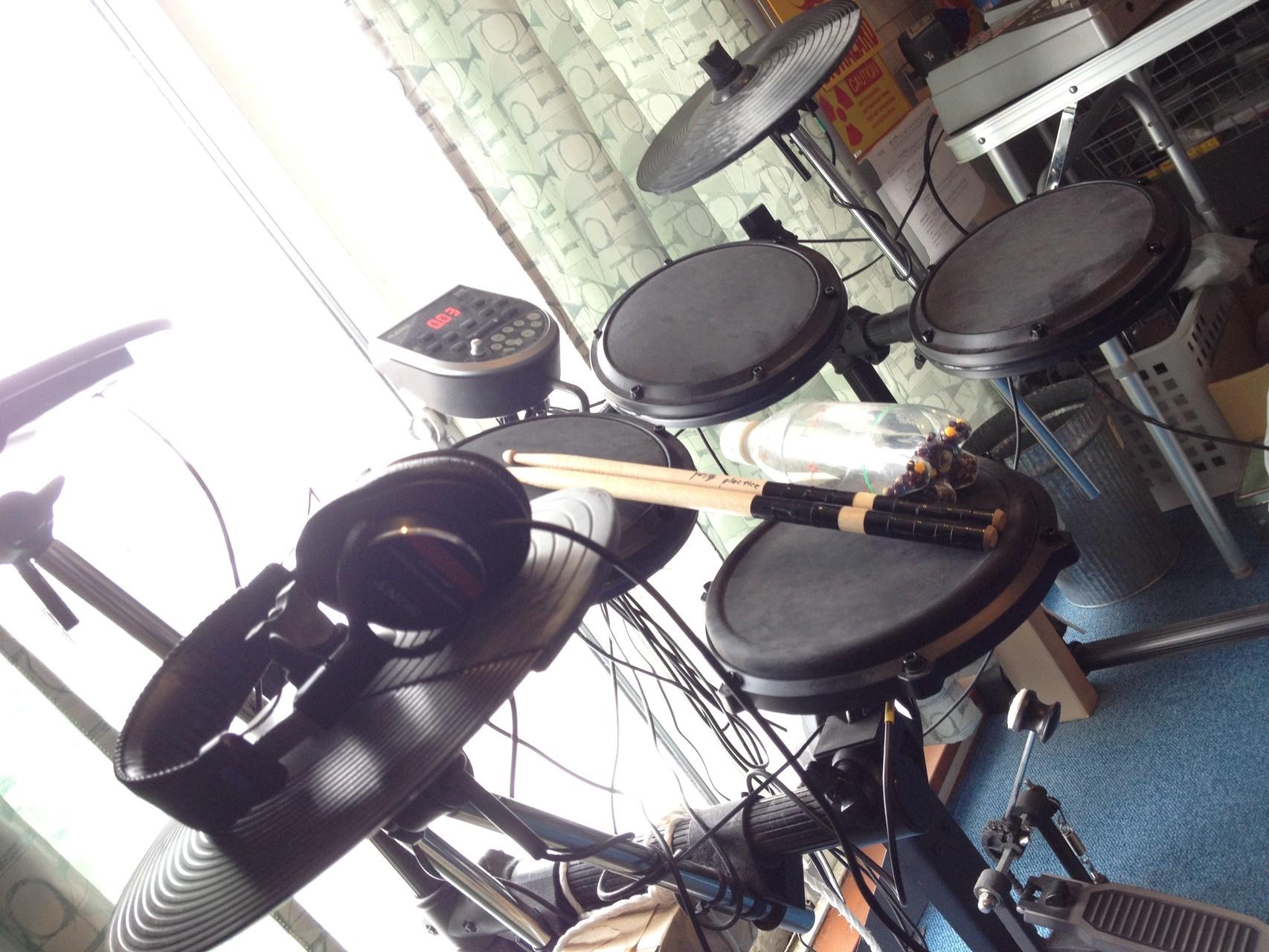 old Y+ROOM Snowstyle photo 1 drum by alesis.