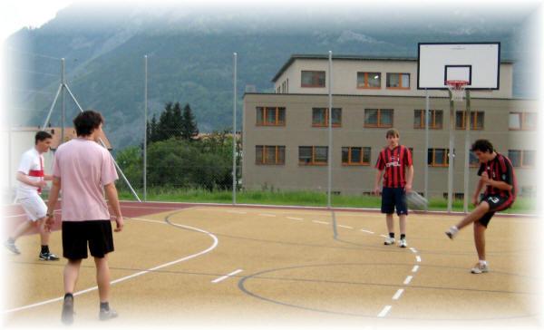 Basketballplatz bei der PH darf mitbenutzt werden