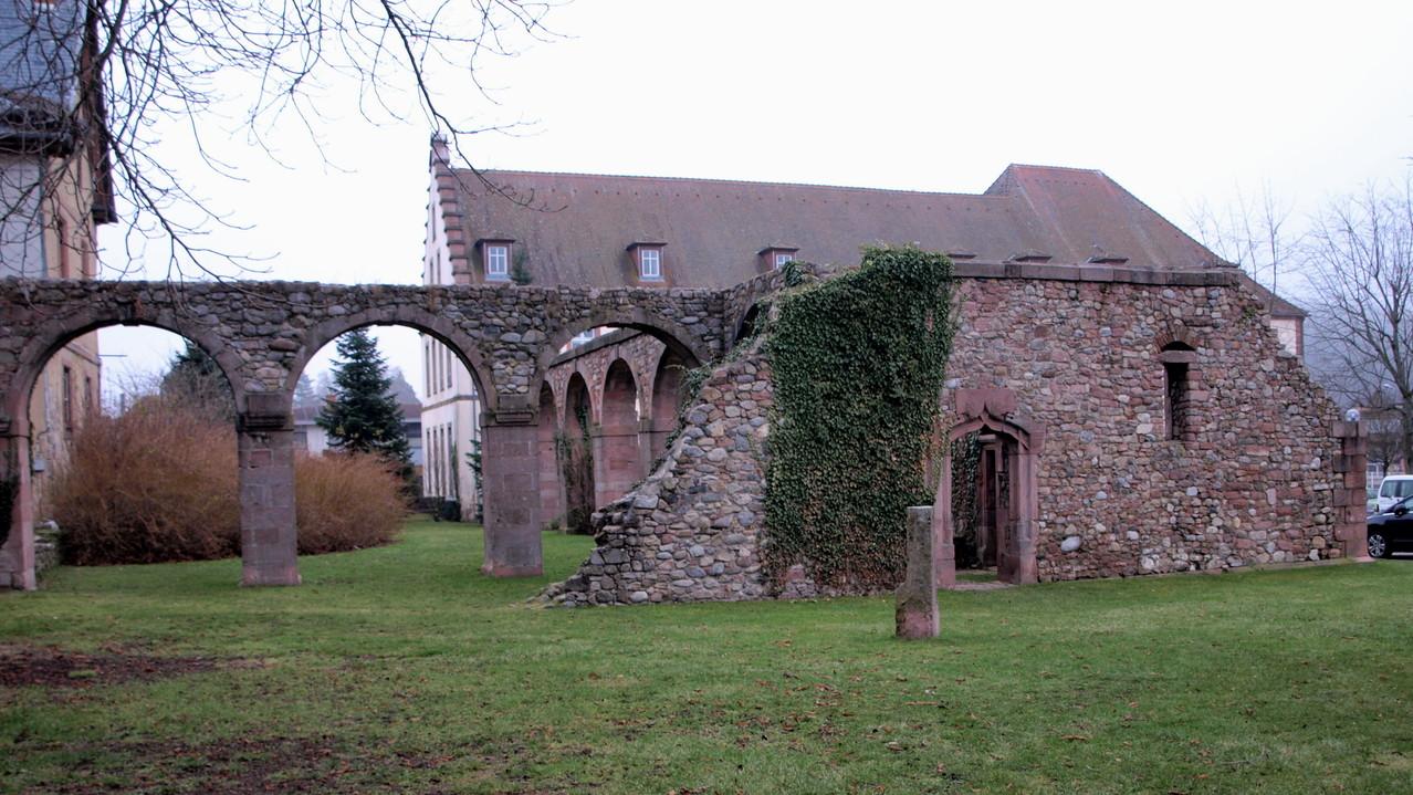 vestiges de l'Abbaye du Val St Grégoire