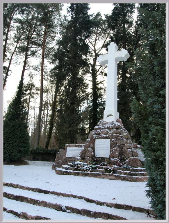 Croix du cimetière roumain de la Gauchmatt