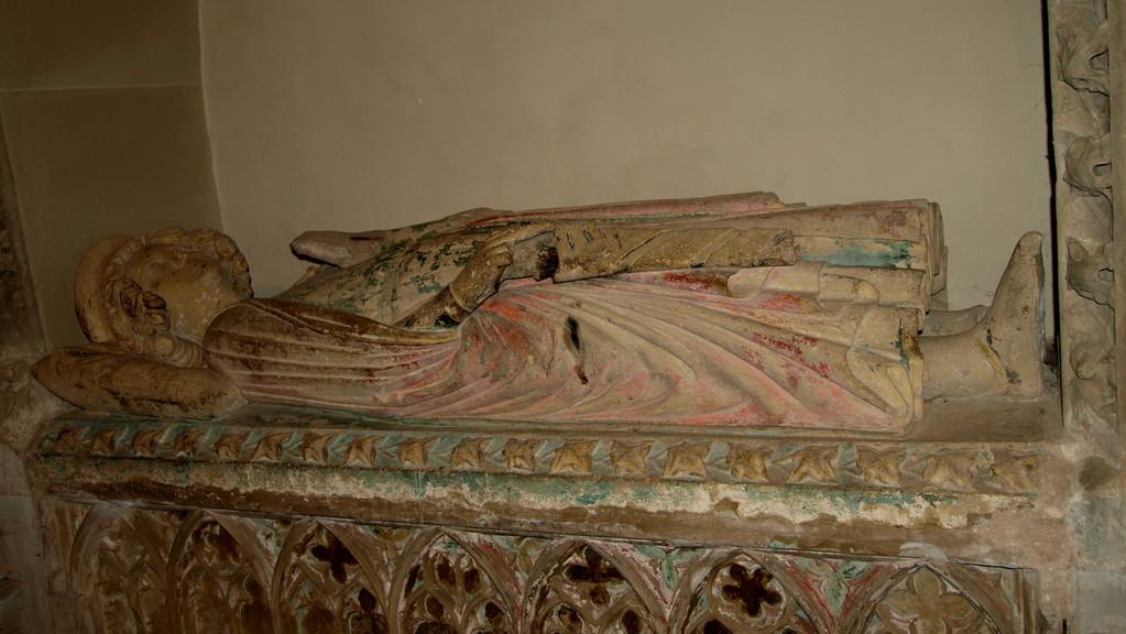 Gisant d'Eberhard d'Eguisheim, le bienfaiteur de l'abbaye.