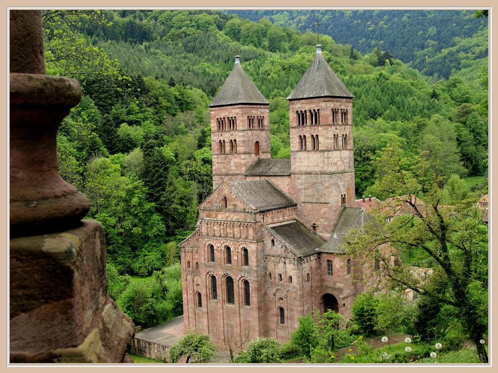 L'abbaye de Murbach vue de la chapelle ND de Lorette