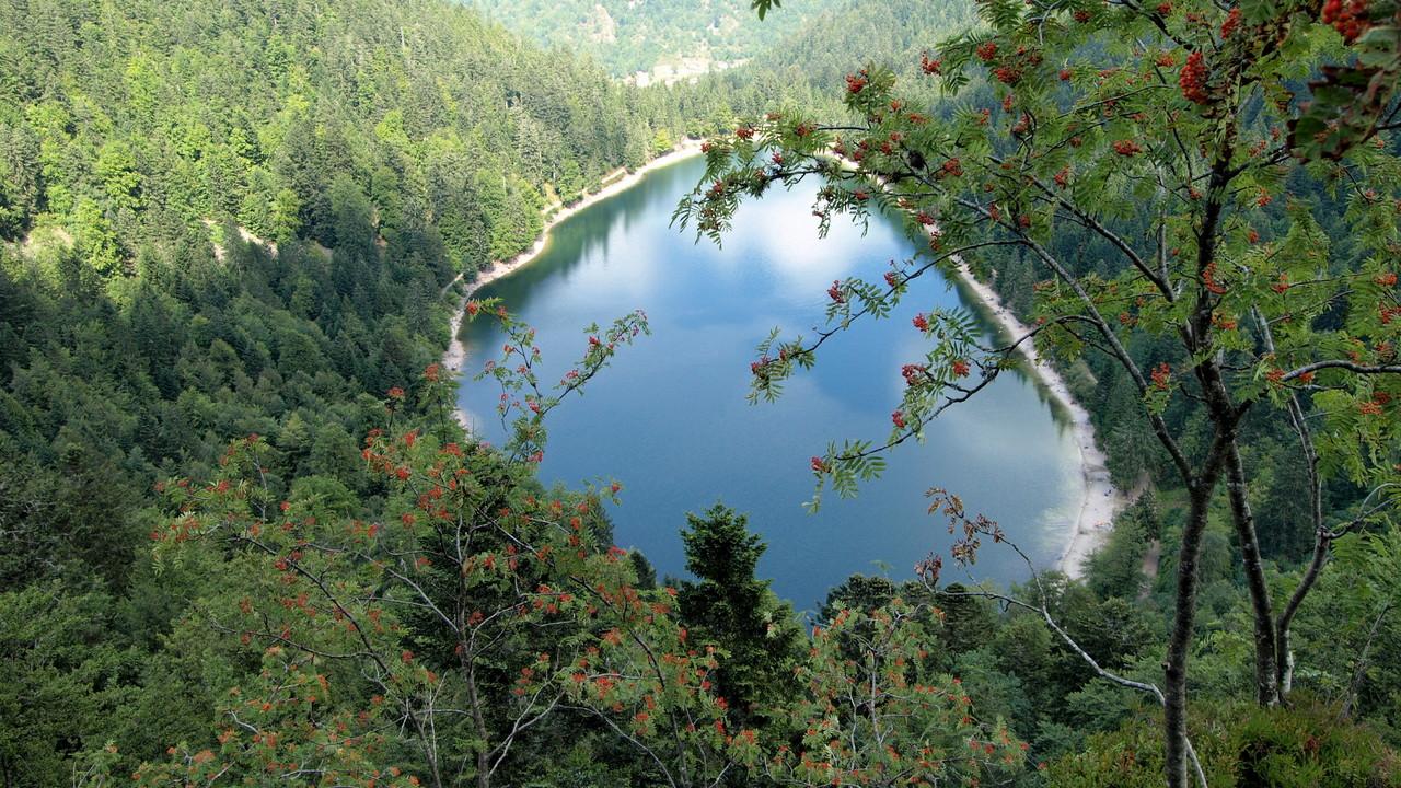 Lac des Corbeaux vu de la Roche du Lac