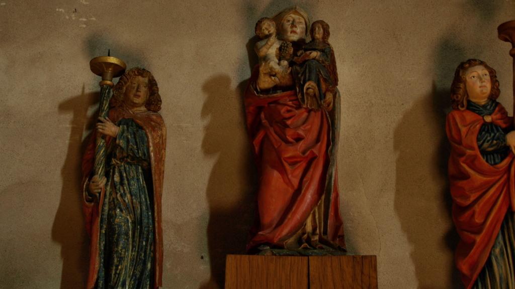 Vierge aux anges céroféraires XVIème siècle