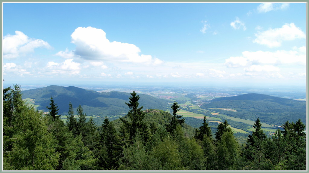 Le Frankenbourg à l'entrée des deux vallées