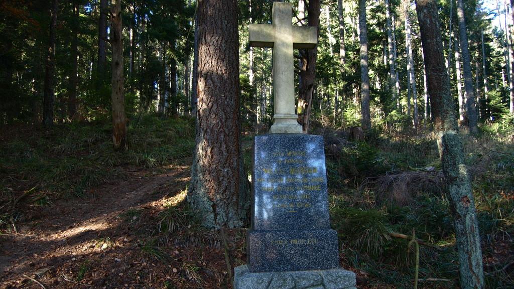stèle du chasseur Willie Morgan