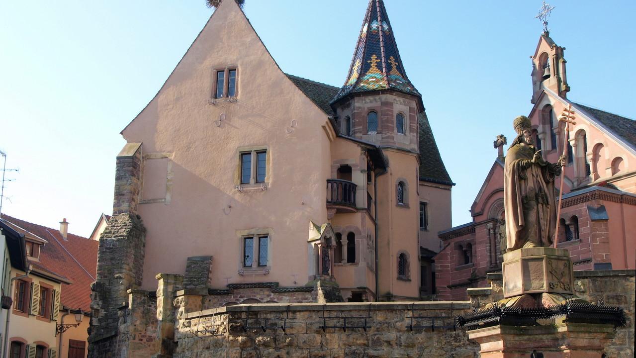 Eguisheim place du Château