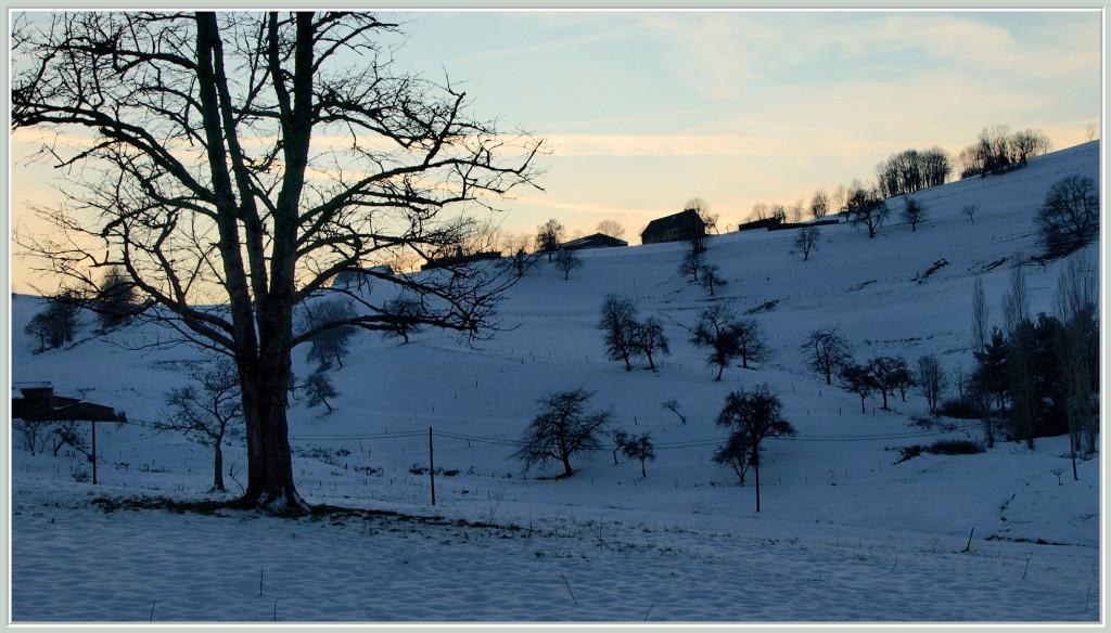 Coucher de soleil sur les hauteurs de Lapoutroie en hiver