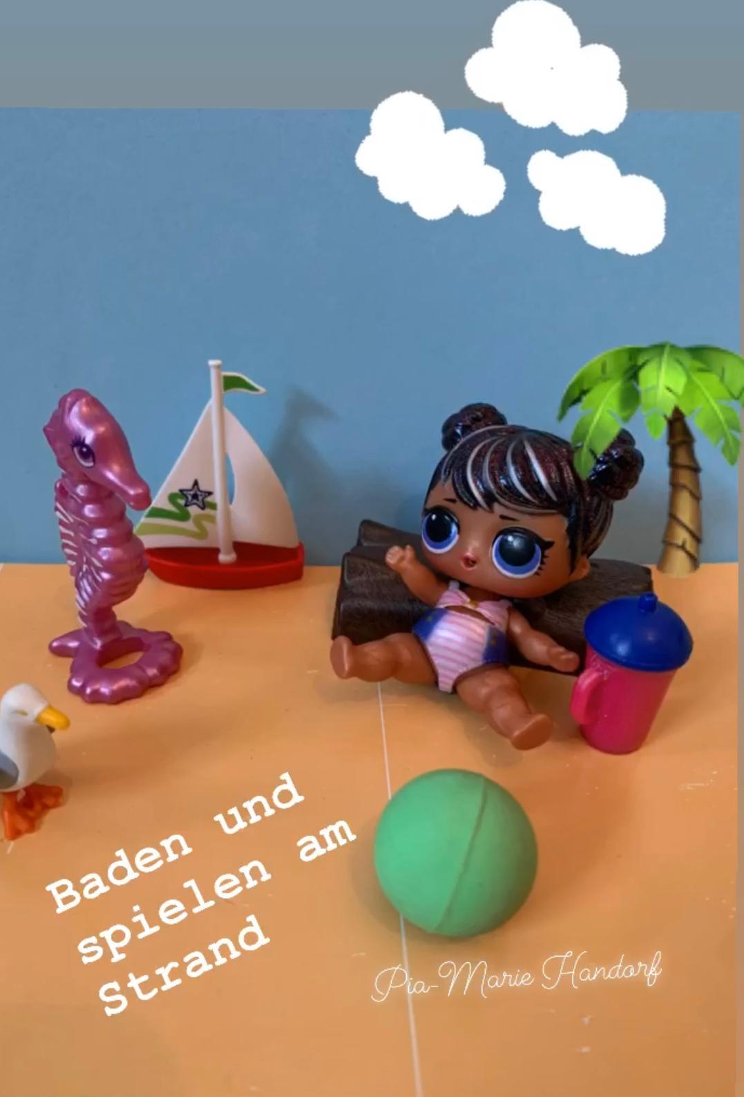 Baden und spielen am Strand. Pia-Marie, 2b