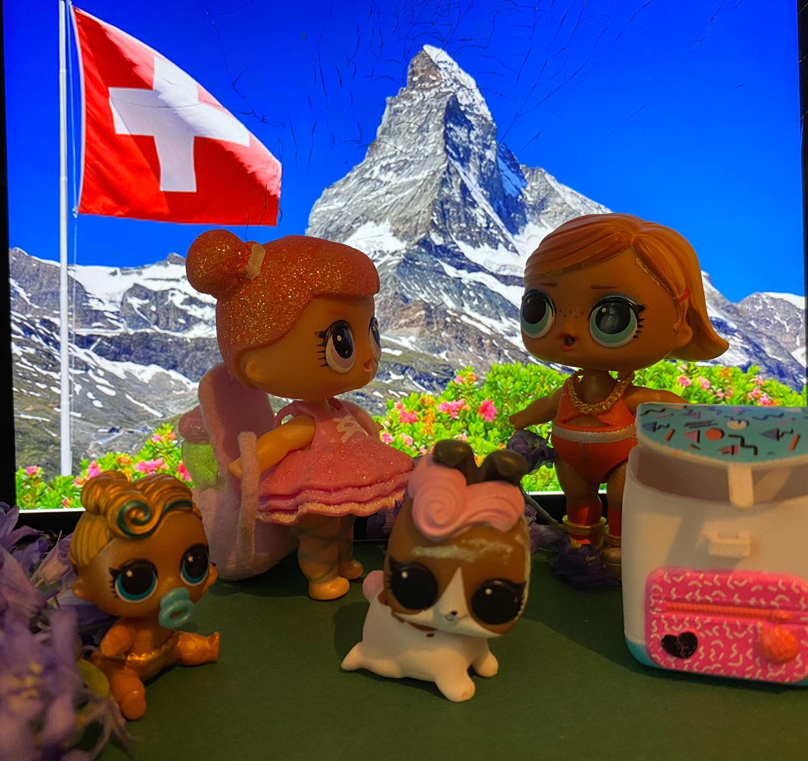 Ich würde gerne mit meiner Schwester und mit meinem Hund in die Schweiz fahren um meinen Papa zu besuchen und mit der ganzen Familie in den Bergen eine Wanderung zu machen. Valentina, Vorschule