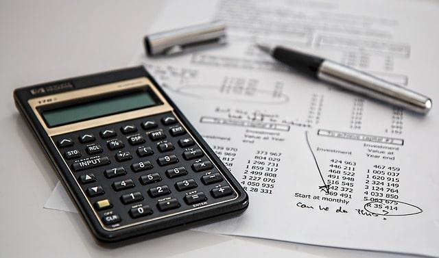 新卒2年目の給料では払えないほど保険が高い。保険の見直しって実際どうなの?