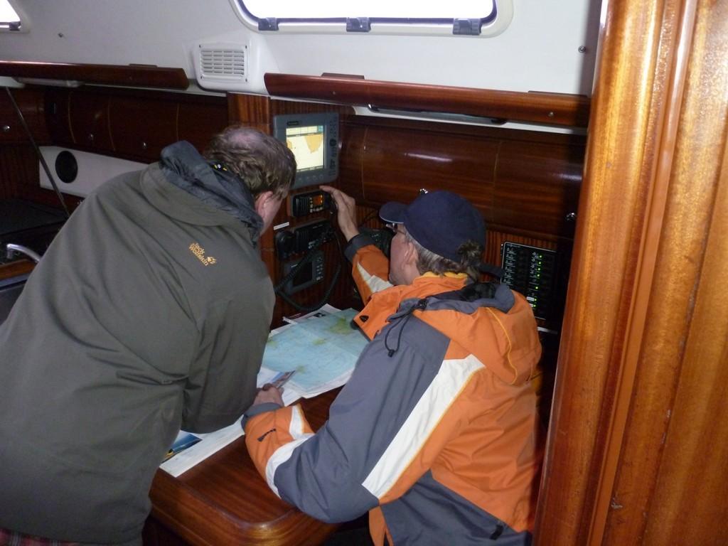 Üben von Radar und Plotter