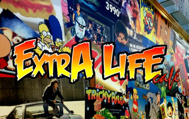 L'extra life café se situe à paris. Ce café manga et jeux, est un exemple concret de l'installation de ces mangas café en France. Source: http://www.culture-games.com/sors-mon-geek/extra-life-cafe