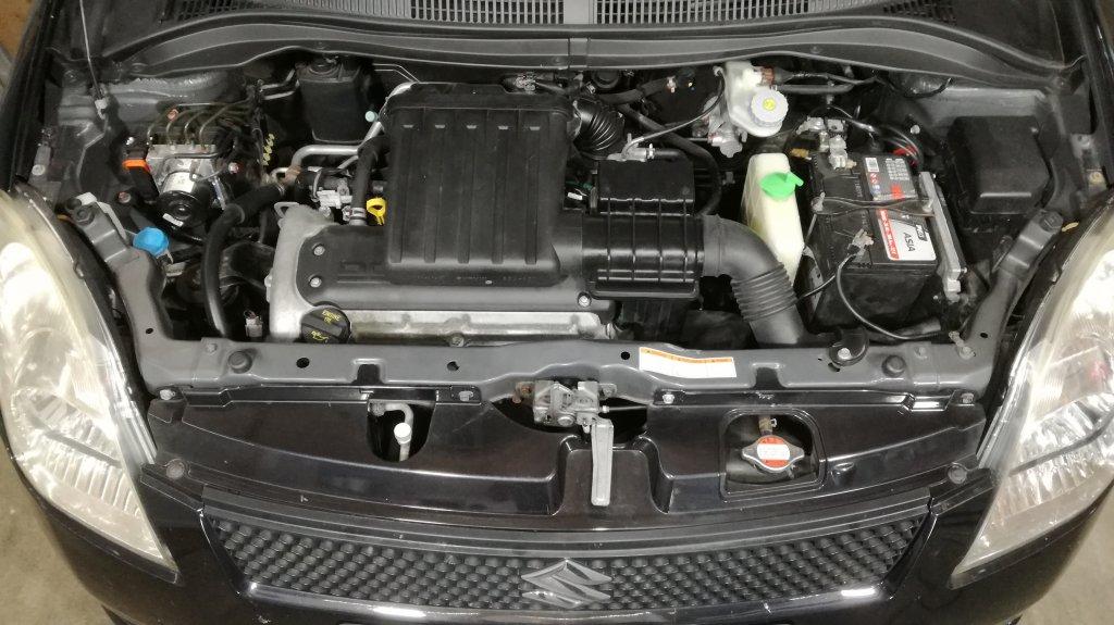 Suzuki Swift 1.3 - 93 cv